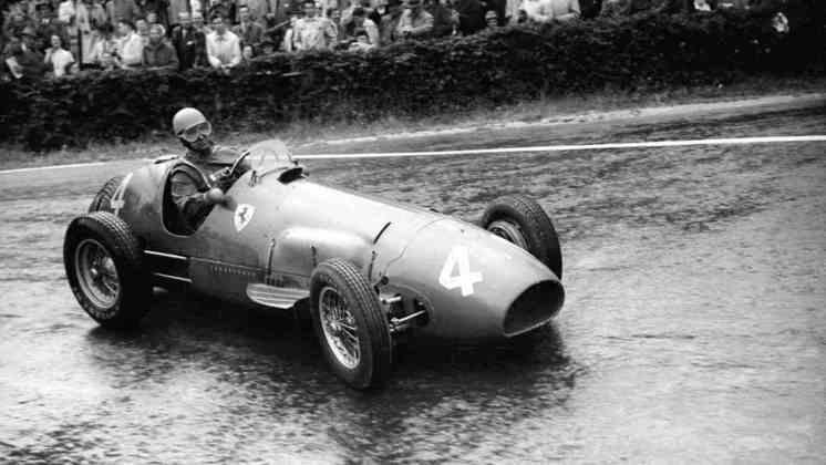 4 - Primeiro campeão mundial pela Ferrari, em 1952 e 1953, Alberto Ascari tem 13 vitórias