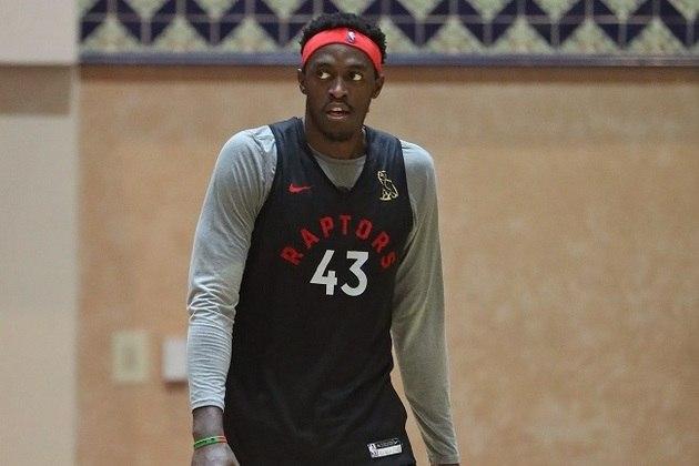 4- Toronto Raptors - Atual campeão, o time canadense foi o primeiro a chegar em Orlando para treinamentos. Esperava-se uma queda de rendimento após a saída de Kawhi Leonard para o Los Angeles Clippers, mas o Toronto Raptors é um dos mais fortes da conferência Leste, muito por conta da evolução de Pascal Siakam