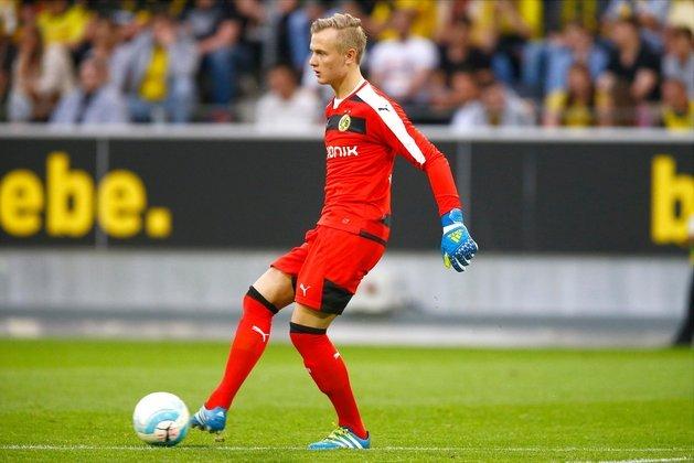 48º - Luca Unbehaun - Com passagem pelas categorias de base do Bochum, Luca Unbehaun foi contratado pelo Borussia Dortmund em 2016, com apenas 15 anos de idade. Hoje, é considerado uma das grandes promessas no gol alemão.