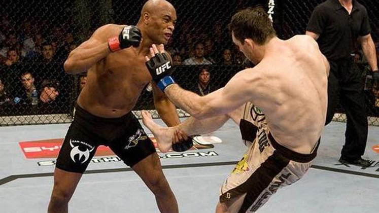 5ª. Anderson Silva x Forrest Griffin (UFC 101) - Em agosto de 2009, Silva mais uma vez lutou nos meio-pesados, desta vez contra o ex-campeão da categoria Forrest Griffin. Com uma grande atuação, o brasileiro humilhou e venceu com facilidade por nocaute no primeiro round