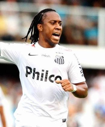 5. Arouca: Deixou o Santos em 2015, para jogar pelo Palmeiras, mas nunca mais brilhou no futebol brasileiro. Passou por Atlético-MG, Vitória e neste ano acertou com o Figueirense.