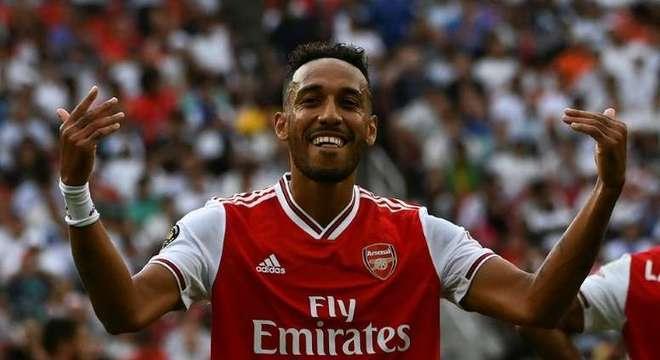 5º Aubameyang - O atacante trocou o Borussia Dortmund pelo Arsenal na temporada 2017/2018. Ele custou 63,75 milhões de euros (R$ 417 milhões, na cotação atual)