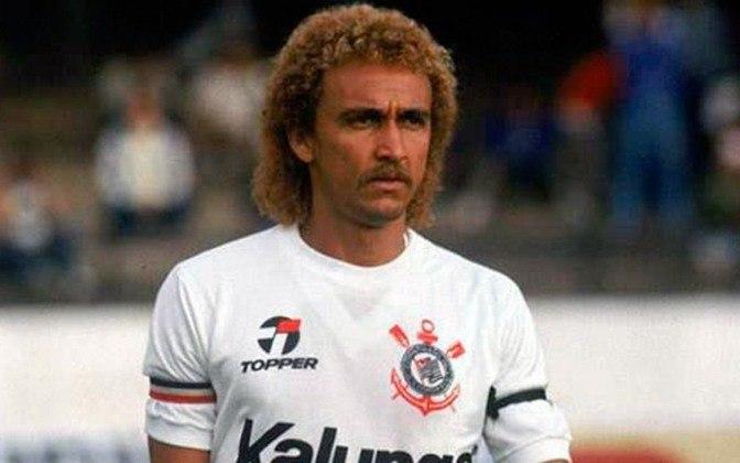 5º Biro Biro - 590 jogos - Uma das figuras mais emblemáticas do Timão, o meia, chamado de Lero Lero pelo presidente da época da sua contratação pelo Corinthians, Vicente Matheus, chegou ao Parque São Jorge em 1978, permanecendo por 10 anos, até 1988.
