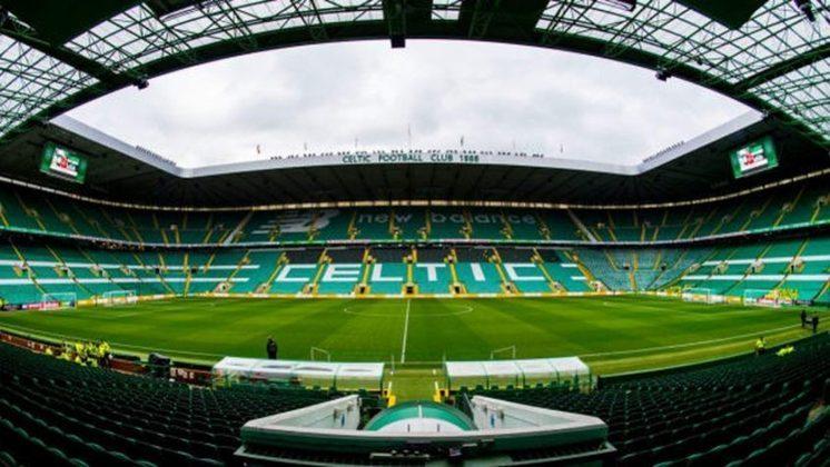 5 - Celtic Park - Celtic (Escócia)