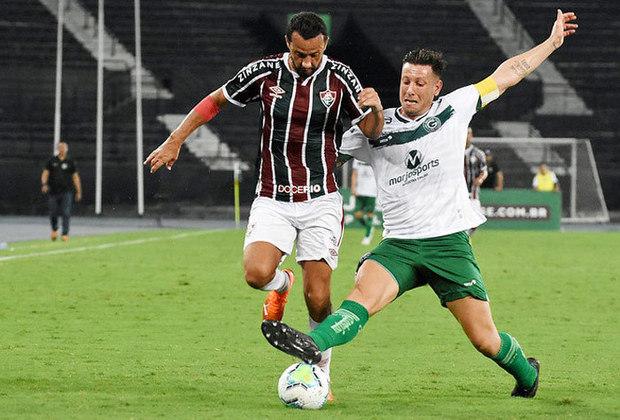 5º colocado – Fluminense (53 pontos/33 jogos): 0.012% de chances de ser campeão; 89.8% de chances de Libertadores (G6); 0% de chances de rebaixamento.