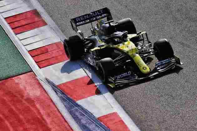 5) Daniel Ricciardo (Renault), 1min32s364