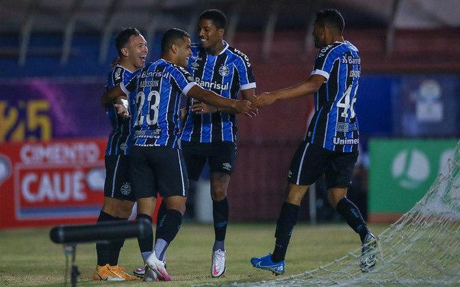 5 – Grêmio: abrindo o top 5, o Tricolor gaúcho (grupo E) vale 82,45 milhões de euros no mercado (R$ 518,64 milhões)