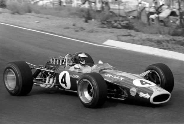 5 - Jim Clark, 33 poles, a última delas com o Lotus 49 no GP da África do Sul de 1968