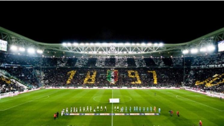 5 - Juventus (ITA) Jogos: 278/ Vitórias:140/ Empates:69/ Derrotas:69/ GM:439/ GS:269/ Títulos:2