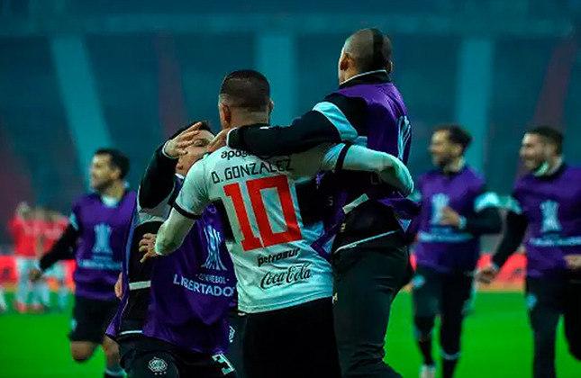 5 - Olímpia (PAR)   Quinto colocado no ranking, o Olímpia soma 123 vitórias em 319 jogos. Na atual edição da Libertadores, os paraguaios eliminaram o Internacional nas oitavas de final na disputa de pênaltis.