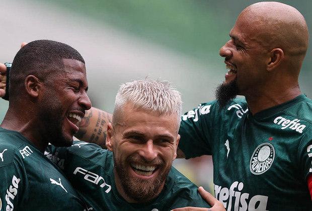 5º - Palmeiras: 22 pontos - seis vitórias - quatro empates - seis derrotas - 17 gols feitos - 17 gols sofridos.