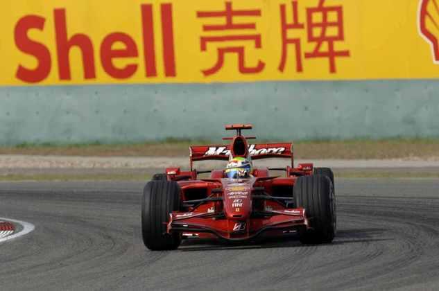 5 - Vice-campeão em 2008, Felipe Massa aparece com 11 vitórias