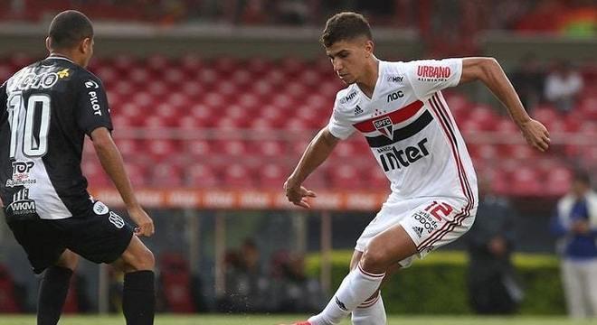 5) Vitor Bueno - São Paulo - 18 assistências para finalização (9 jogos)