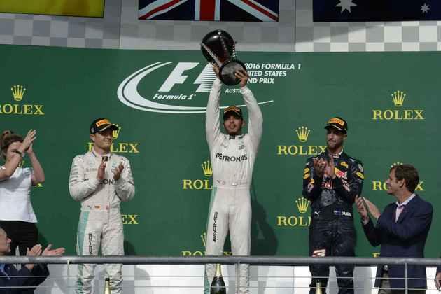 50 - Lewis Hamilton venceu o GP dos Estados Unidos de 2016 e manteve-se na briga pelo título