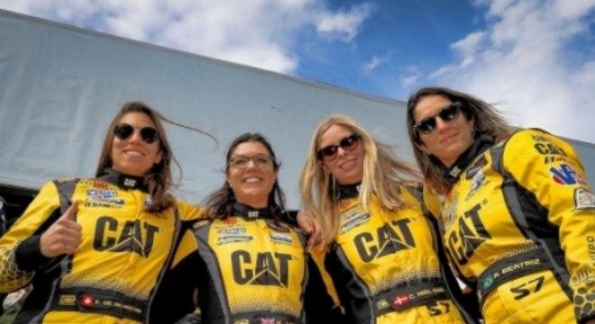 #57 Meyer Shank Racing w/ Curb-Agajanian Acura NSX GT3, GTD: Katherine Legge, Bia Figueiredo, Simona De Silvestro, Christina Nielsen