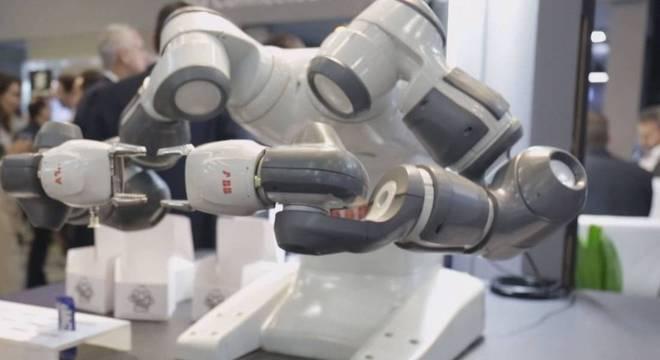 Conexão de altar velocidade e baixo tempo de latência contribuem para o uso de robôs