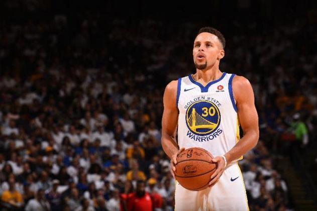 6 – Ainda no basquete, Stephen Curry, do Golden State Warriors, é o sexto colocado, com 74,4 milhões de dólares(cerca de R$ 398,6 milhões)
