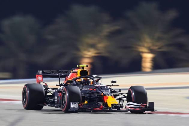 6º - Alex Albon (Red Bull) - 4.72 - Poderia brilhar sem Verstappen na pista, mas...