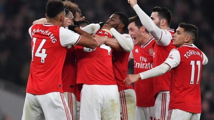 6º: Arsenal - 290 pontos - 177 jogos