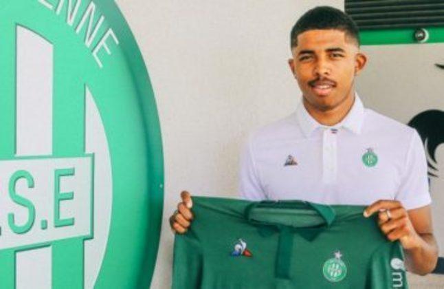6 -AS Saint-Étienne (lucro R$258,70 milhões) - Destaque para venda do zagueiro Wesley Fofana para Leicester por R$229,23 milhões.