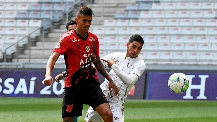 6º - Athletico-PR - 57,4% de aproveitamento - 18 jogos - 9 vitórias - 4 empates - 5 derrotas