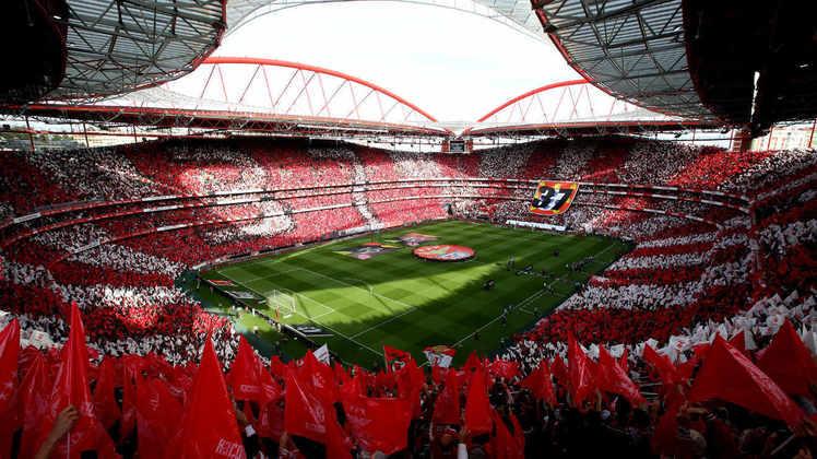 6 - Benfica (POR) Jogos:258/ Vitórias:114/ Empates:59/ Derrotas:85 GM: 416/ GS: 299/ Títulos: 2