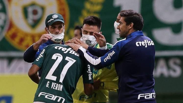 6º colocado – Palmeiras (41 pontos/25 jogos): 1,3% de chances de ser campeão; 60% de chances de Libertadores (G6); 0,004% de chance de rebaixamento.
