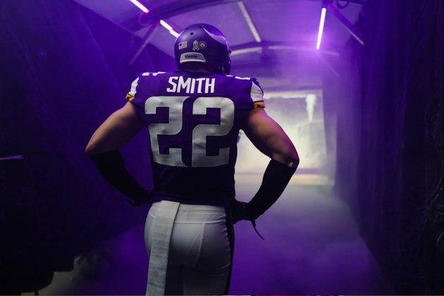 6. Harrison Smith (Minnesota Vikings):Um dos veteranos mais consistentes da liga, Smith segue sendo um dos nomes de mais qualidade na enfraquecida defesa de Minnesota. Com cinco interceptações em 2020, o safety dos Vikings totalizou dezesseis nos últimos quatro anos. Entre 2015 e 2019, ele foi para o Pro Bowl em cada uma das cinco temporadas.