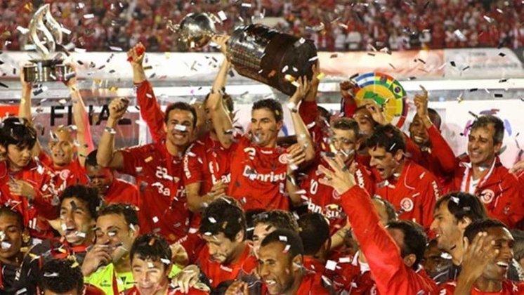 6° - INTERNACIONAL (3 finais): 1980, 2006 (campeão) e 2010 (campeão).