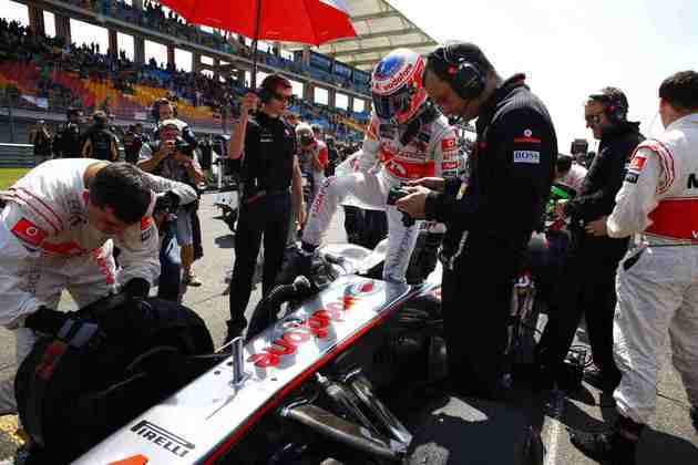 6º) Jenson Button foi o vice-campeão mundial no fim do ano. No Istambul Park, foi só o sexto colocado