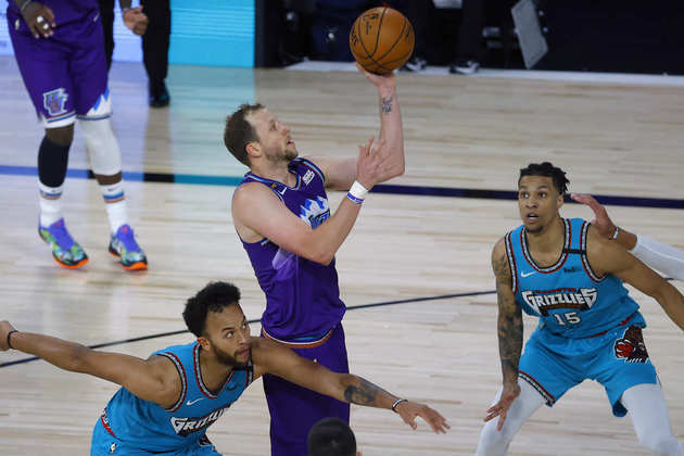 6- Joe Ingles (Utah Jazz): 25 pontos, cinco assistências, quatro rebotes, seis em 11 nos arremessos de três pontos. Finalmente, Ingles deu sinais de que vida no ataque. Antes da vitória sobre o Memphis Grizzlies, ele havia anotado 20 pontos ou mais em apenas uma oportunidade nos últimos 27 jogos