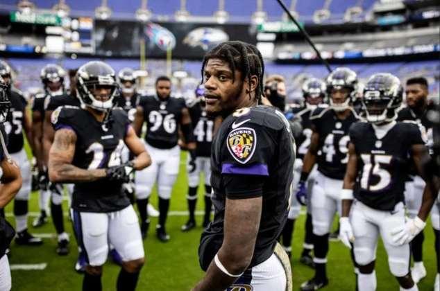 6º Lamar Jackson: O QB dos Ravens bateu as 1000 jardas corridas pelo segundo ano seguido. Foi responsável por 3762 jardas totais e 33 TDs totais.
