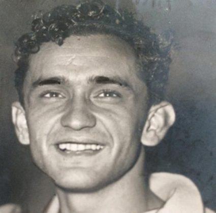 6° lugar – Larry – 4 gols em 3 jogos (Helsinque 1952)