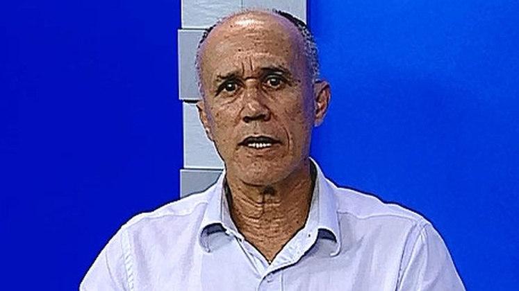 6 - Rubens Galaxe (1971 - 1982) - 465 jogos com a camisa do Fluminense.