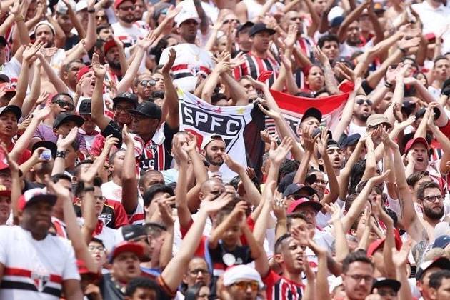 6° - SÃO PAULO: O Tricolor embolsou a quantia de 423,4 milhões de reais com sócios e bilheteria entre 2010 e 2019.