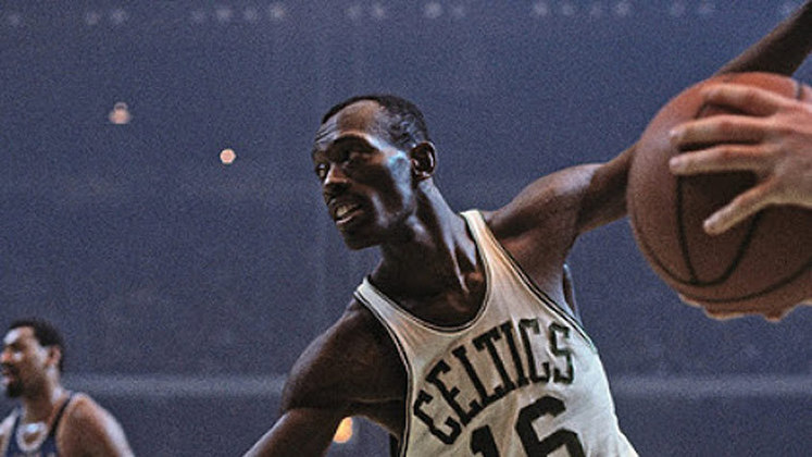 6- Satch Sanders (oito títulos): O ex-jogador do Celtics atuou ao lado de lendas como Bill Russell, John Havlicek, Sam Jones e Bob Cousy, Sanders ganhou oito títulos e teve a camisa 16 aposentada pela franquia de Boston.
