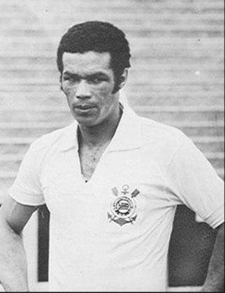 6º - Servílio - 200 gols: Servílio jogou no Corinthians por uma década e ainda disputou dois Torneios Sul-Americanos com a Seleção Brasileira.  Pelo Timão, foram 200 gols em 364 jogos.