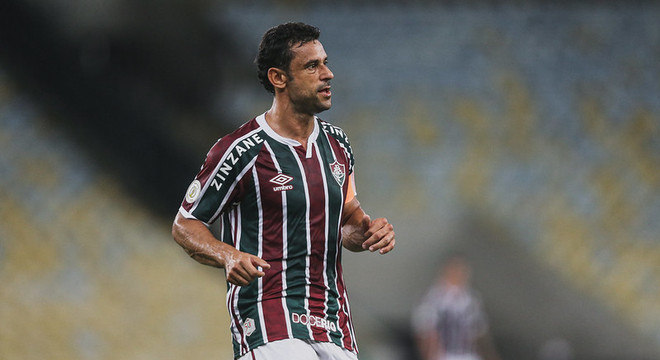 7º colocado – Fluminense (40 pontos/27 jogos): 0,053% de chances de ser campeão; 25,2% de chances de Libertadores (G6); 0,016% de chance de rebaixamento.