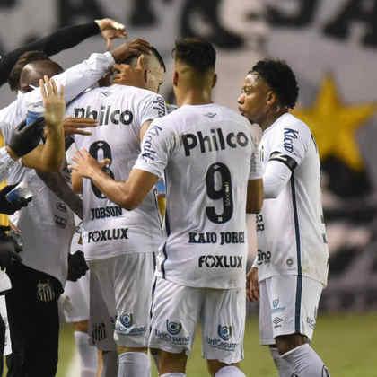 7º colocado – Santos (31 pontos) – 3,3% de chance de título; 43,6% para vaga na Libertadores (G6); 0,7% de chance de rebaixamento.