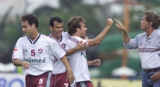 7 de novembro de 2001 - Fluminense 6 x 2 Palmeiras - Parque Antártica - Brasileirão