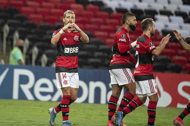 7º - Flamengo: 9 vitórias, 3 empates e 2 derrotas em 14 jogos / 71,4% de aproveitamento