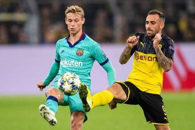 7. Frenkie de Jong: Meia - 72 milhões de euros (Barcelona) - O Barcelona pagou 75 milhões de euros ao Ajax no começo da temporada passada pois acredita que o holandês tem potencial para conduzir o meio-campo da equipe catalã por vários anos.