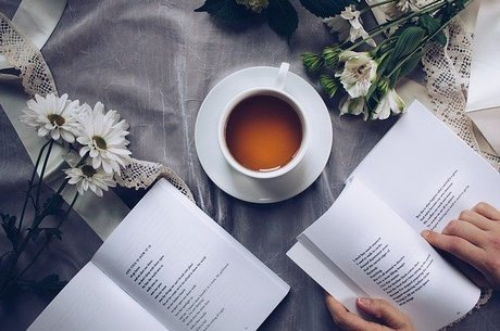 A leitura é uma maneira de ampliar o seu nível de conhecimento a respeito de um assunto