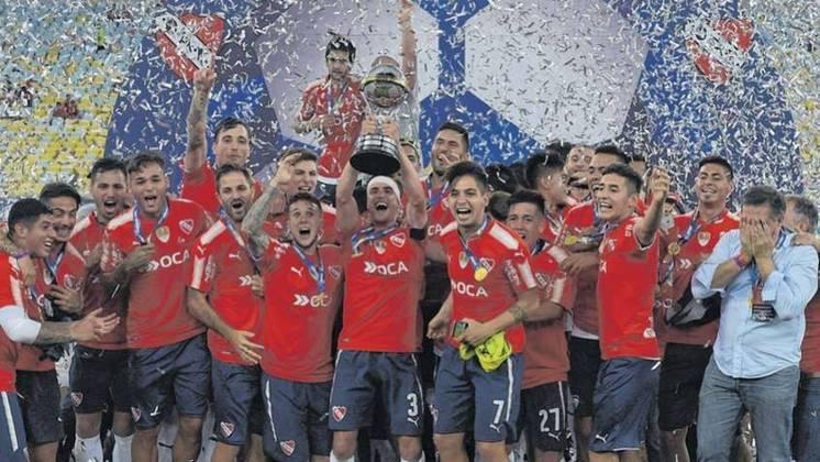 7º - Independiente-Argentina - 2 títulos - Outro clube estrangeiro que já brilhou no estádio mais de uma vez foi o Independiente. Em 1995, o clube foi campeão da Supercopa da Libertadores. Em 2017, da Sul-Americana. Em ambas o adversário foi o Flamengo.