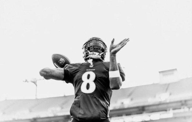 7º Lamar Jackson (Baltimore Ravens): O camisa 8 é um jogador completamente diferente após a Covid-19, recolocando Baltimore na briga por playoffs.