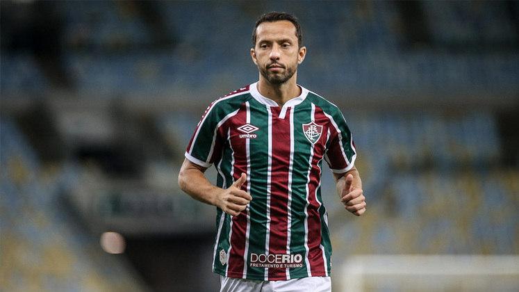 7º) Nenê - O meia do Fluminense de 39 anos recebeu quatro votos, sendo três a quinta colocação e um na quarta, totalizando cinco pontos.