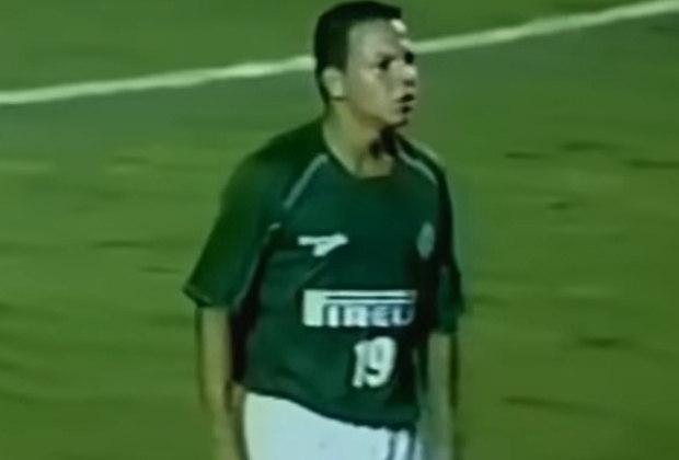 7 – O colombiano Muñoz ficou cinco anos na equipe, entre 2001 e 2006. No total, o atacante soma 66 vitórias com a camisa alviverde.