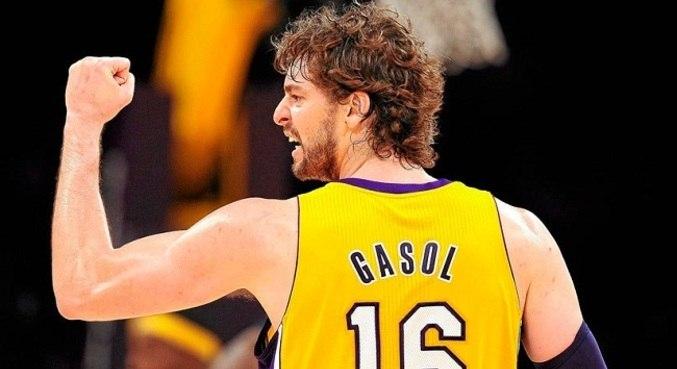 Gasol conquistou títulos da NBA com os Los Angeles Lakers em 2009 e 2010