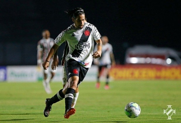 7º - Vasco 3x1 Macaé - Campeonato Carioca 2020. Martín Benítez cruzou para o compatriota, que só escorou.