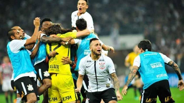 8º) 28/3/2018 - Corinthians 1 (5) x (4) 0 São Paulo - Com a vitória nos pênaltis, o Timão garantiu vaga na final do Paulistão, quando conquistou o título estadual.